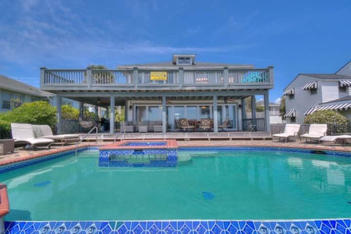 Osprey Nest, Luxury Oceanfront Home in Myrtle Beach with Great Views & Beautiful Pool Area