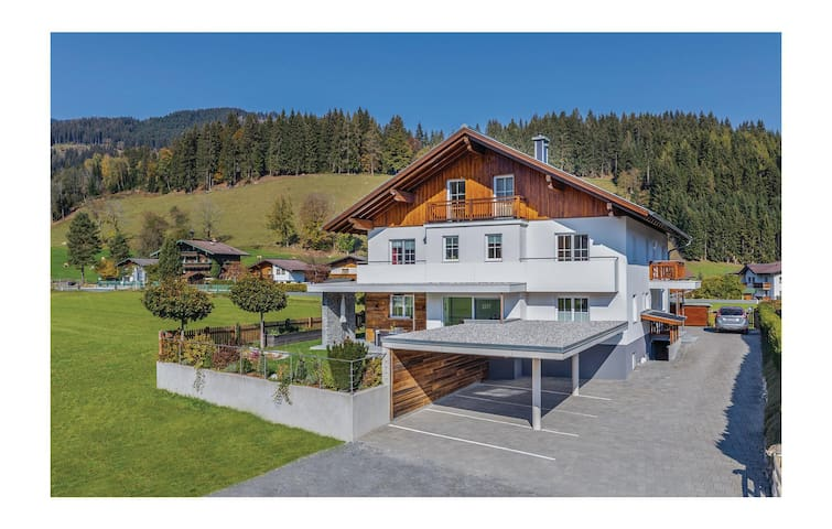 Holiday apartment with 2 bedrooms on 58m² in Flachau