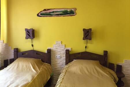 спальня №1 в отеле вілла Діола