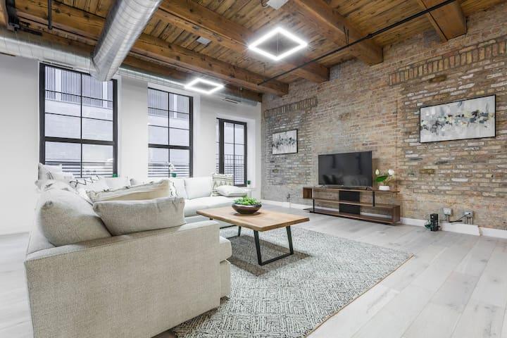 3 BDR Downtown Luxury Loft-Spacious, Safe & Secure