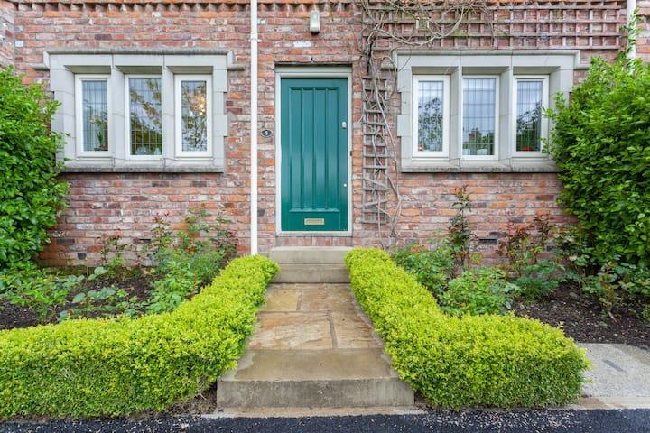 Award winning homes based on an historic village