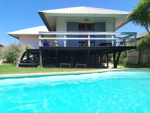 Casita Blanca - with pool, near the beach