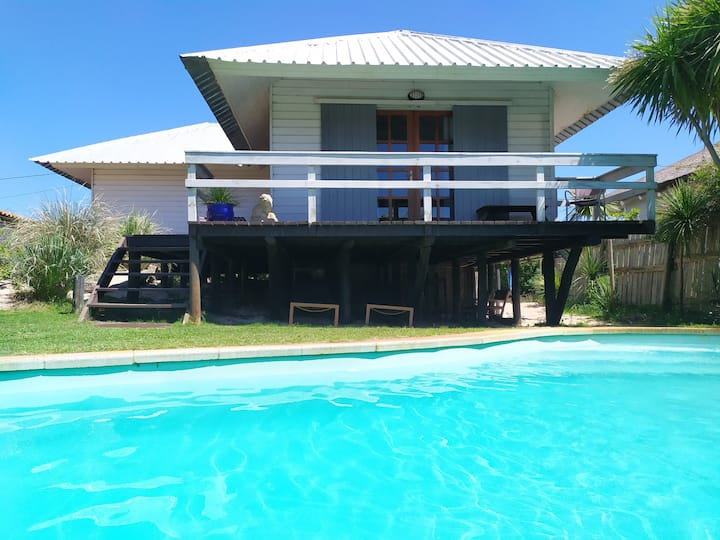 Casita Blanca - with pool, near the beach