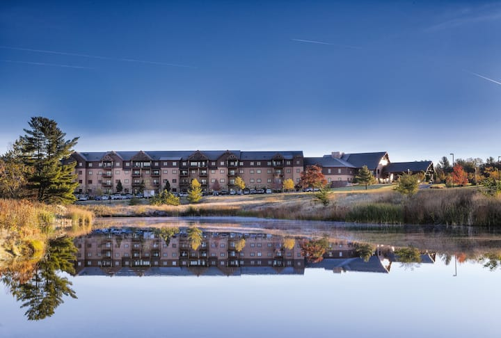 ✦✦10 COMPLIMENTARY WATERPARK PASSES✦✦ Glacier Canyon Resort ✦✦ 3 Bedroom Deluxe Suite✦✦