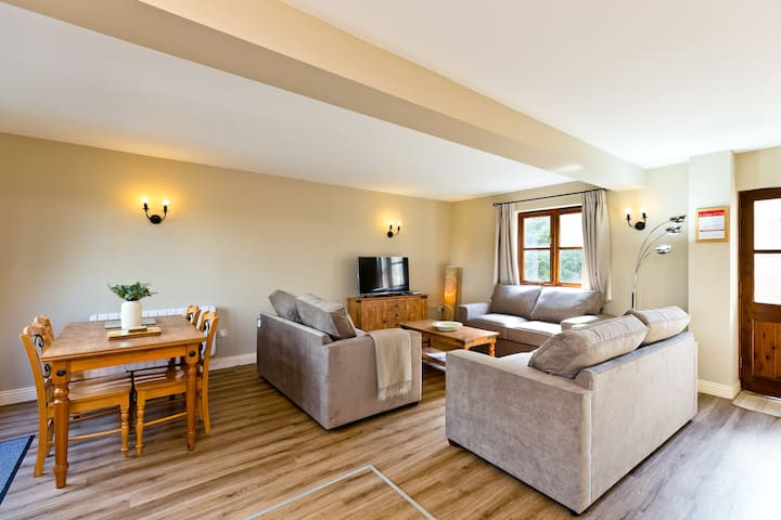 Rural Homely Get Away set within the Peak District