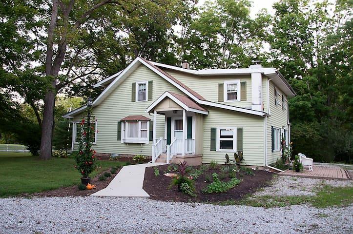 Sacred Garden Farm - Delaware - Rumah