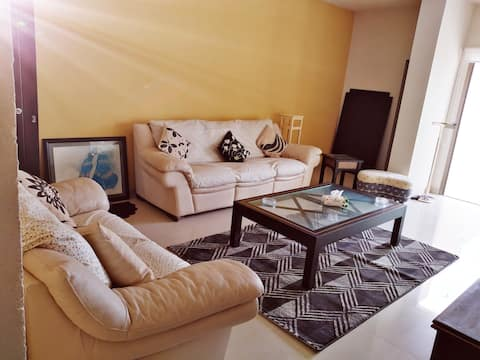 Cozy apartment in the heart of Annaya