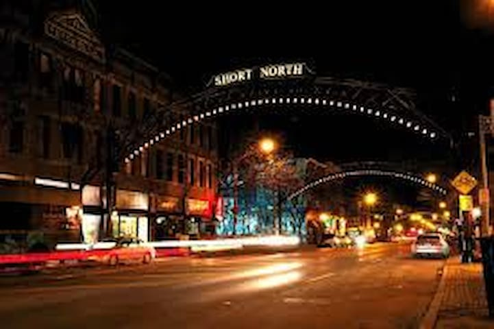 Victorian Village and Short North Getaway. Simple! - Columbus