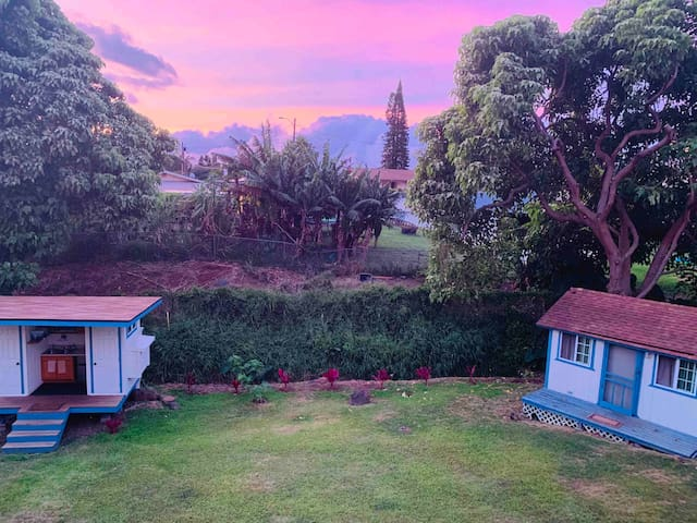 Walking distance between bungalow and bathroom/kitchenette as well as beautiful sunset views.