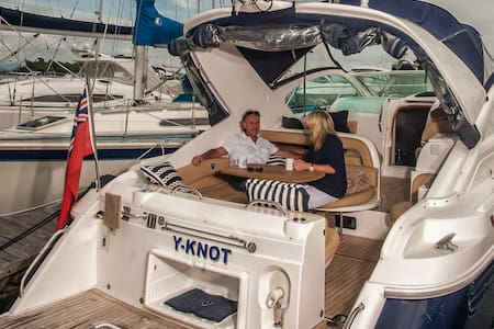 """Y-KNOT- """"The New way to holiday"""" - Lymington - Boat"""