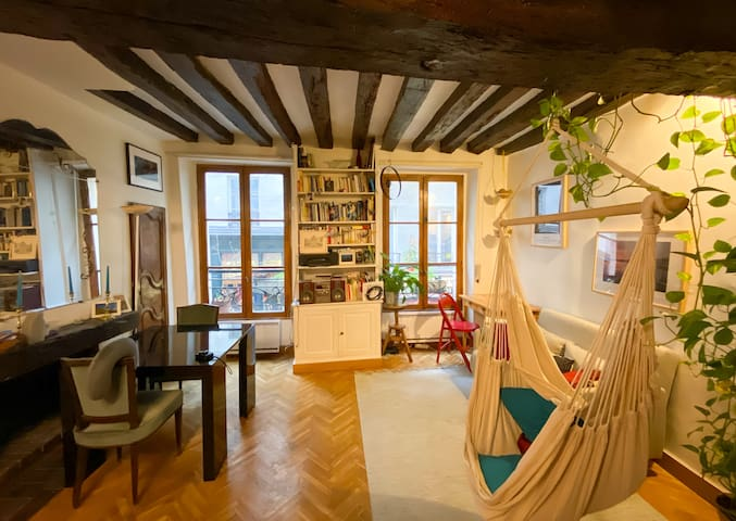 Charming & cosy apartment - heart Saint-Germain!