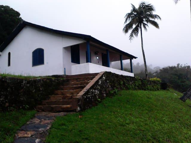 CASINHA DA MONTANHA - Itaguaí