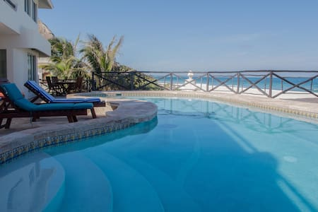 Casa Azul del Caribe