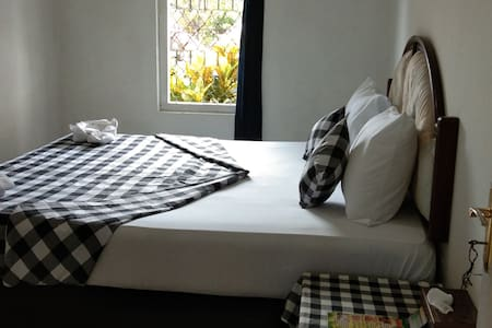 Sekumpul, Trekking package, Double room