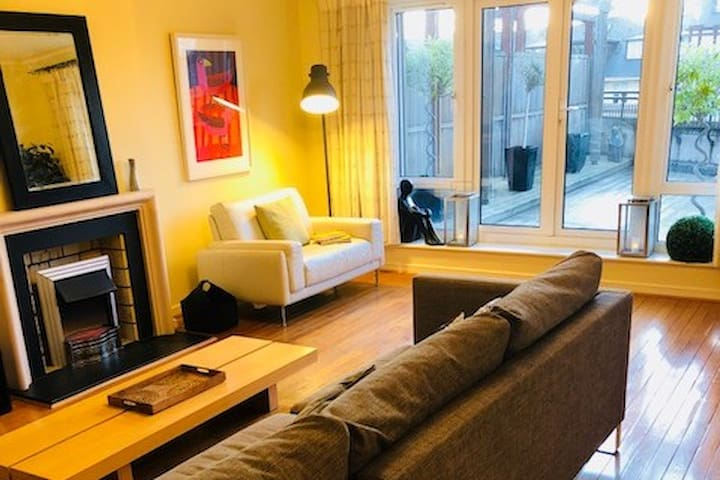 Large Stunning South Dublin Apartment..New Listing