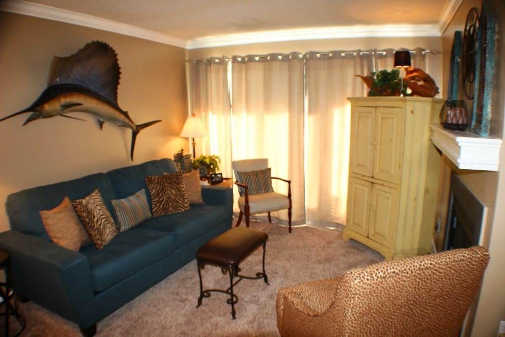 Indoors, Room, Furniture, Chair, Bedroom