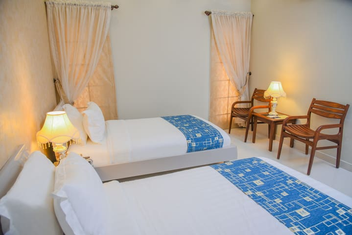 ORCHARDS COTTAGE(DELUXE TWIN ROOM)