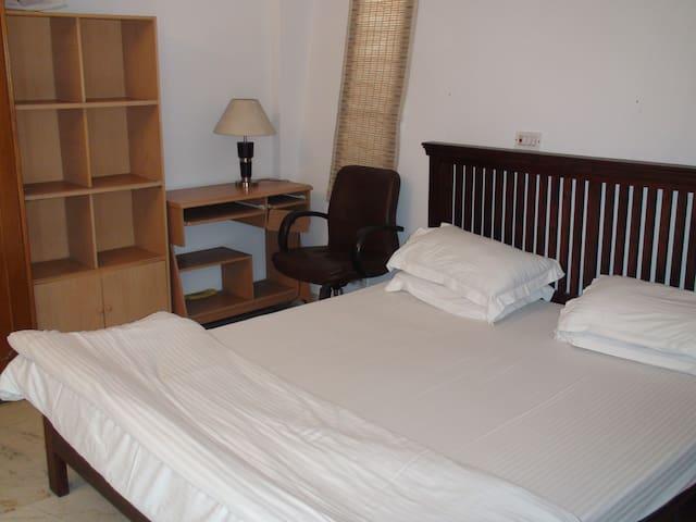 Standard Private Room @ Defence Colony - New Delhi - Apartemen