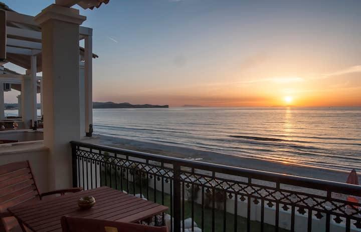 Anemone -Cressida Seaside Apartments
