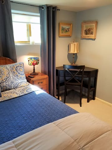 Private Suite near Broadmoor Hotel - Colorado Springs - House
