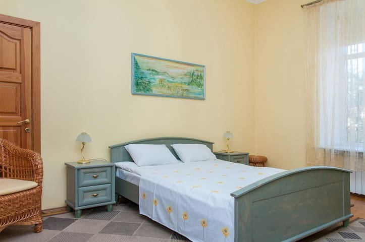Sunflower B&B Standart