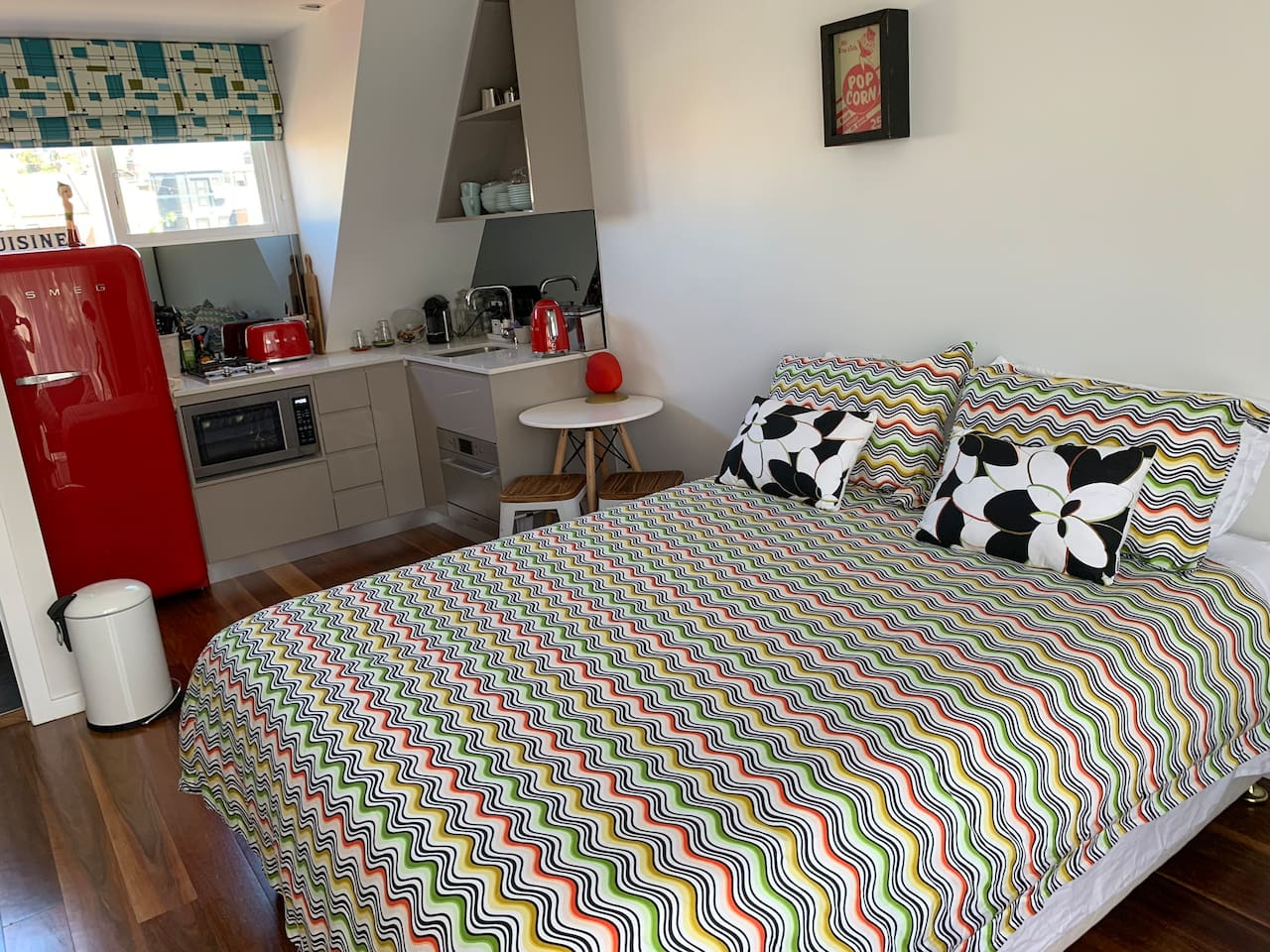 New Retro Studio Apartment in the Heart of Surry Hills