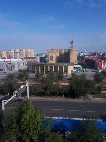 Акимат,Мед.институт, супермаркет, Центр.