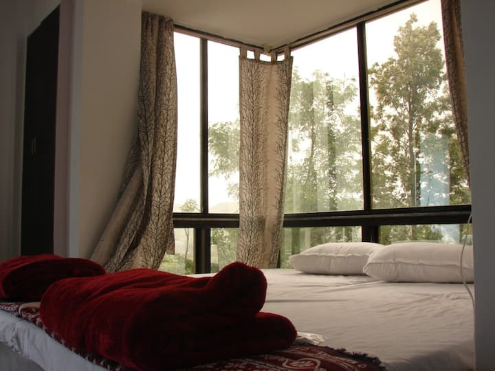 Green Roof Resort - Luxury Suite 2