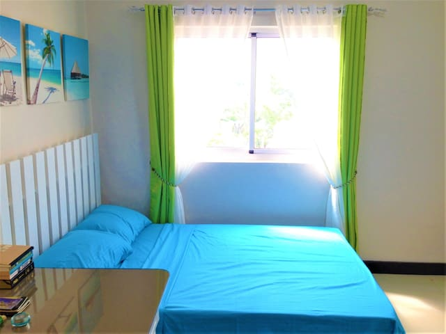 Chill, resort-feel, fully furnished studio;) - Mandaue City - Ortak mülk
