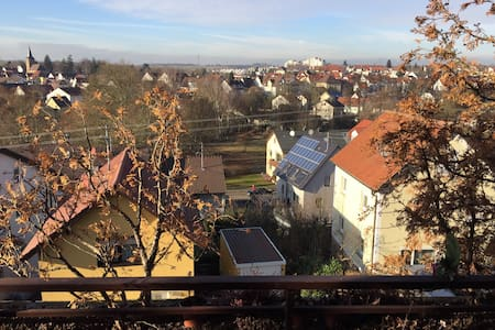 Neu renovierte Penthouse Wohnung - Heilbronn