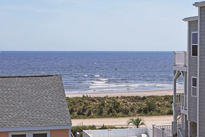 "Enjoy the ""Queen by the Sea"" at Holden Beach, N.C."