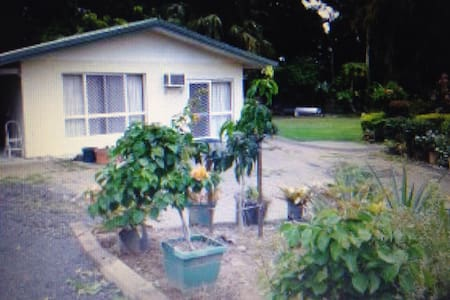 Charming place in Gordonvale Cairns - Gordonvale