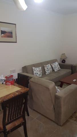 One vacant room at ezdan 31 - Al Wukair - Appartement