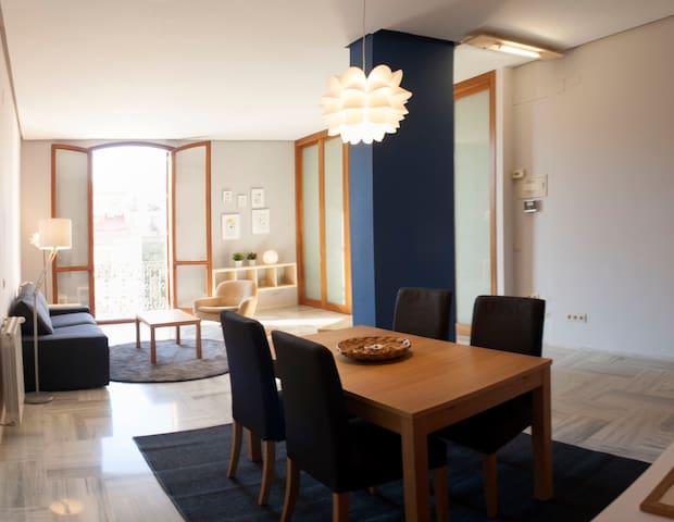 Preciosa y acogedora casa en pleno centro - València - Apartment