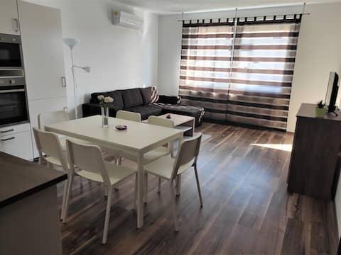 Hatvan Corner Apartments, Central Comfort