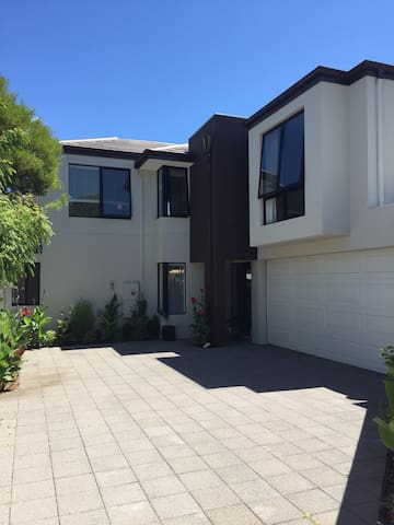 Maylands house! 5 mins to Perth CBD - Maylands - Maison