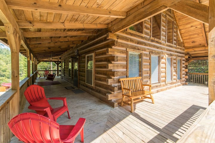 Hot Tub, WiFi, Adventure - Large Family Cabin - Big Boulder - Red River Gorge!
