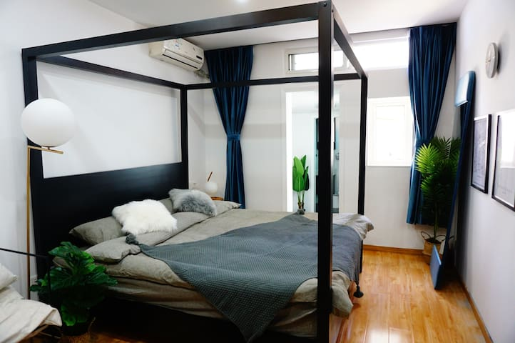 {A.live} Modern 1 Bedroom Center of Shanghai