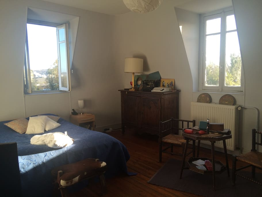 chambre 2d étage