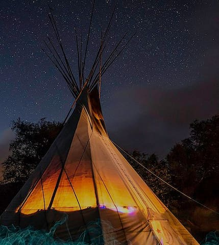 Tipi Experience at Farm House Sanctuary - Shawnee - Tipi