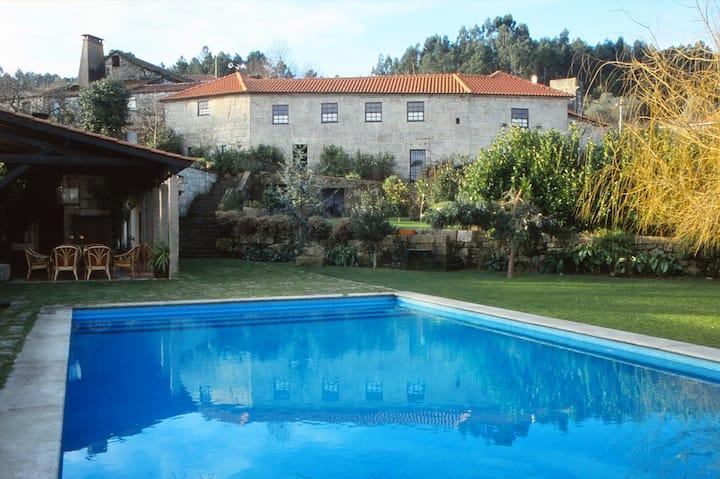 Casa Aido Santo   -  Turismo Rural