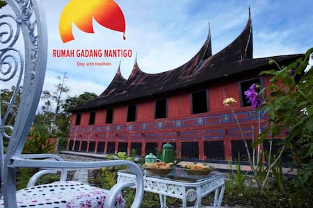 A home to stay with tradition - Bukittinggi - Rumah