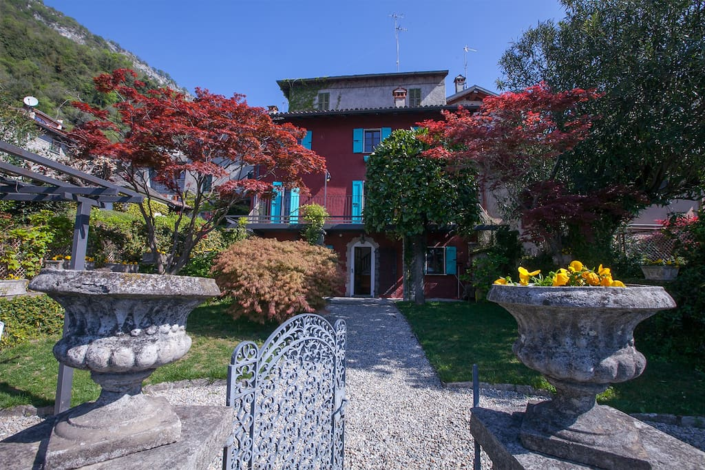 Ossuccio Fronte Isola entrance