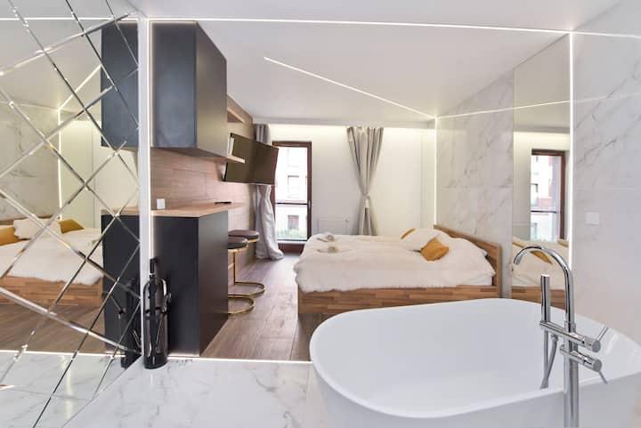 YOURAPART Chmielna Park Exclusive with Bathtub