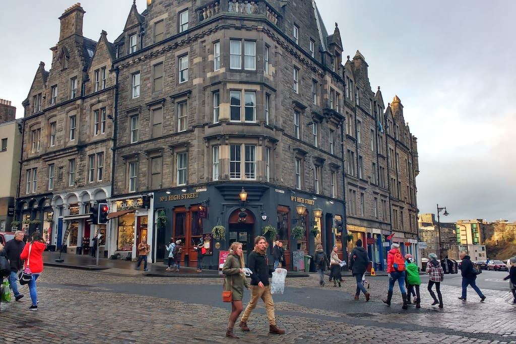 We are just round from the Famous Royal Mile!!!