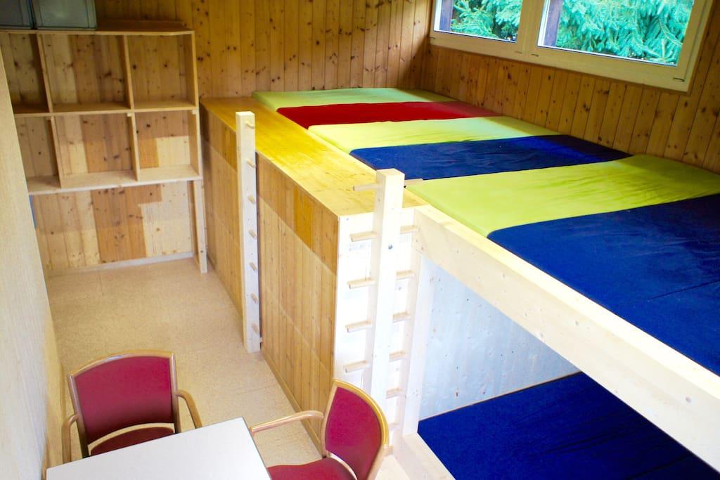 pfadiheim birchi s riswil scout cabin near berne blockh tten zur miete in wohlen bern schweiz. Black Bedroom Furniture Sets. Home Design Ideas