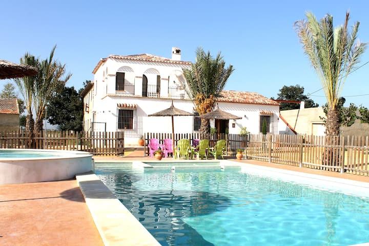Casa Rural Mediterranea+ piscina de hidromasaje