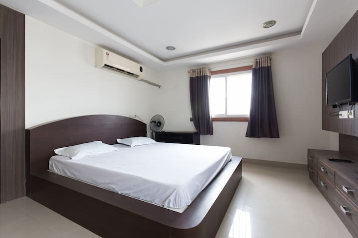 Excellent apartment HiTech city (2) - Hyderabad - Byt