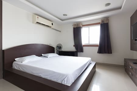 Excellent apartment HiTech city (2) - Hyderabad