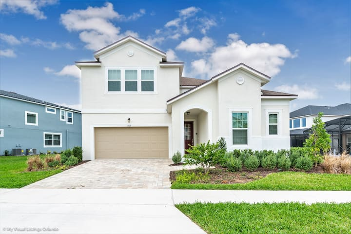 1719CVT Orlando Newest  Resort Community  Home